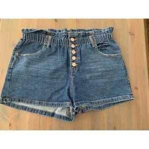 Woman's high waisted  denim shorts